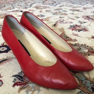 Evan-Picone red heels